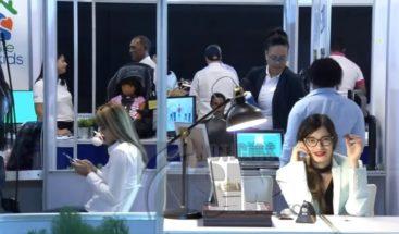 Continúa por segundo día consecutivo la VI Feria de Emprendedores
