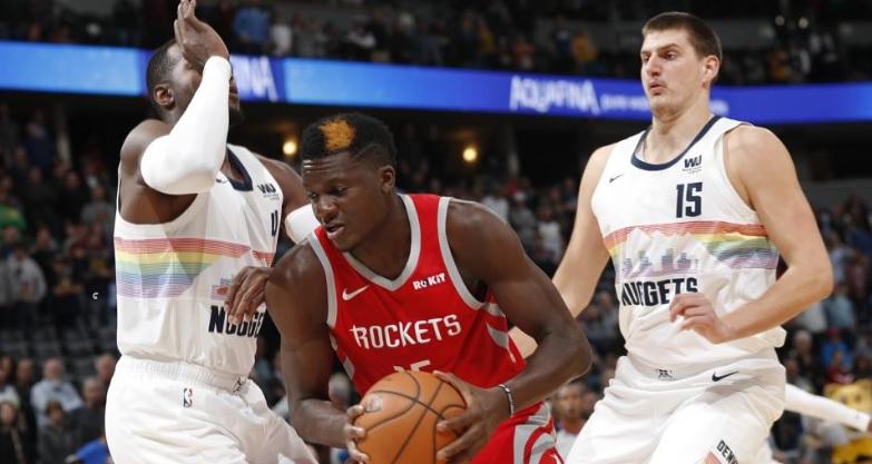 Harden y Capela dan a Rockets cuarto triunfo consecutivo