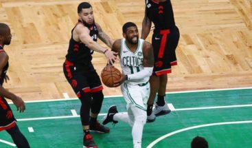 Irving y Davis superan los 40 puntos en triunfos de Celtics y Pelicans