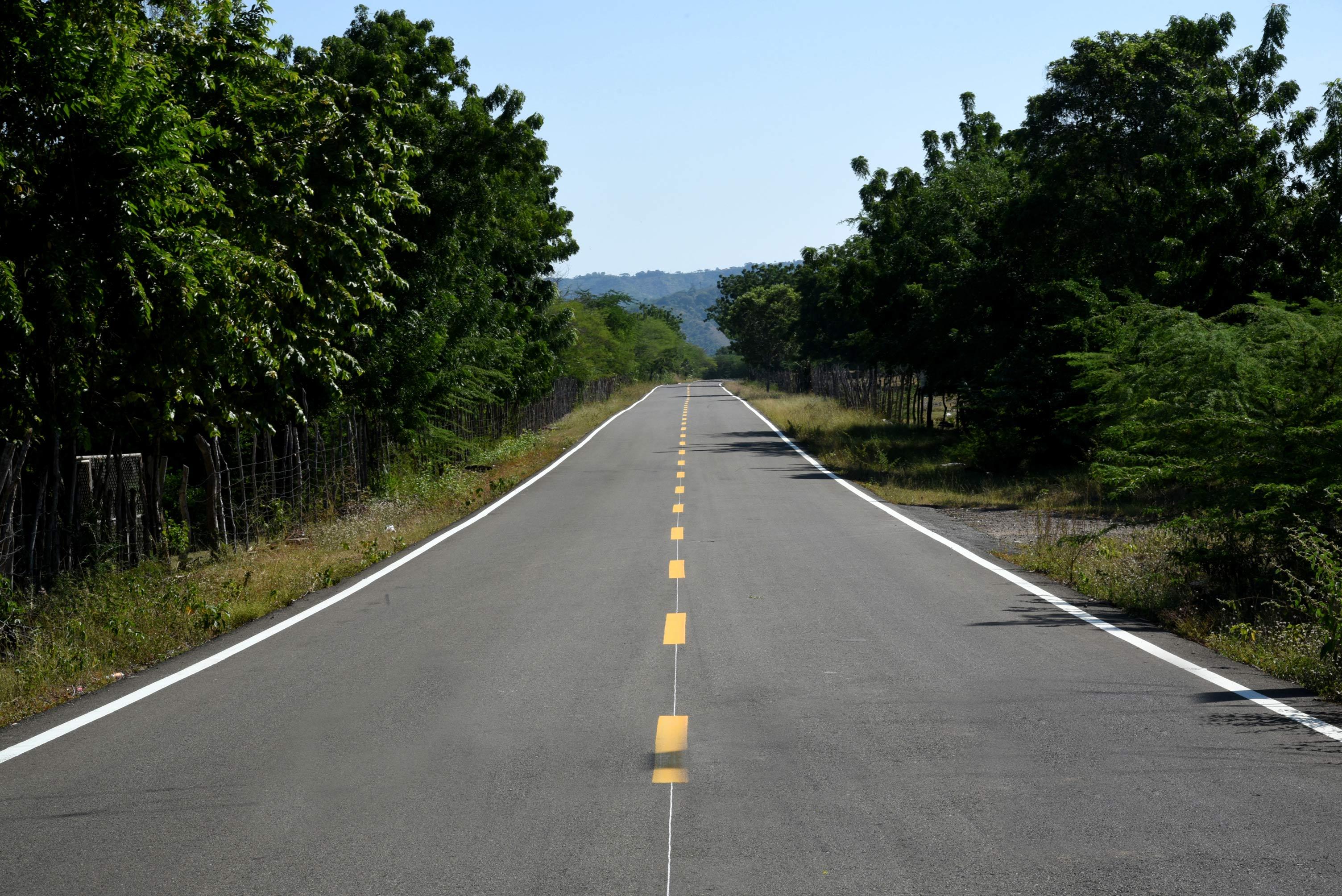 Terminan construcción de varias carreteras en Línea Noroeste