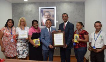 INVI es declarada institución libre de analfabetismo