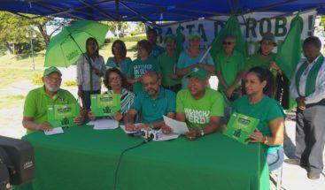 Marcha Verde recoge firmas en Santiago para pedir fin de la impunidad