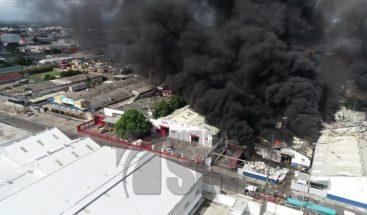 Senadores favorecen que el gobierno ayude a afectados explosión Polyplas