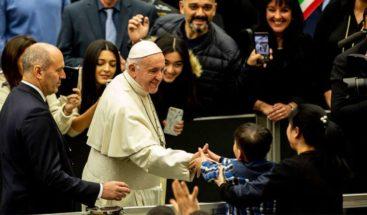 Papa Francisco invita a dejarse sorprender por Jesús en esta Navidad