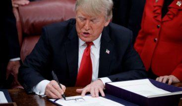 Trump firma una ley que cambiará el sistema penitenciario de EE.UU.
