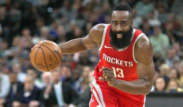 Rockets estrenan liderato y marca de la NBA