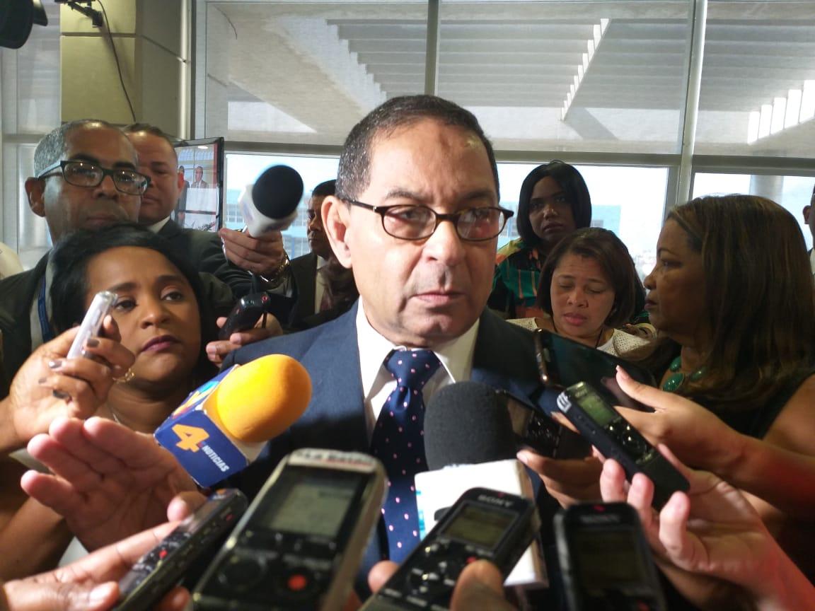 Presidente SCJ advierte a notarios por embargos ilegales