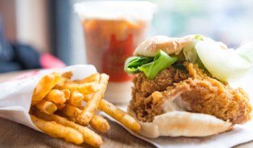 Calorías de comidas en restaurantes, un problema para la obesidad global