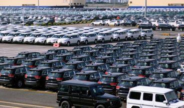 China suspenderá aranceles a los automóviles importados de EEUU