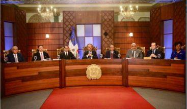 CNM concluye hoy entrevista a aspirantes a jueces del TC