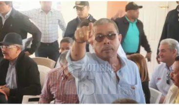 Prohíben a periodistas grabar visita sorpresa del presidente en Dajabón