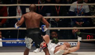 Luchador japonés noqueado por Mayweather habla tras humillante derrota