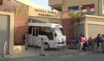 Demandan terminación de obras en inauguración de escuela en Sabana Perdida