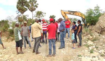 En La Ciénaga de Santiago exigen construcción de muro de gaviones