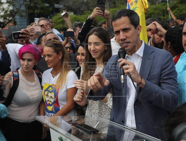 Guaidó pide a la ONU activar