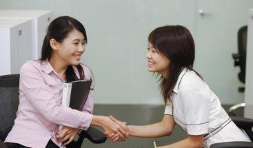 Trabajadoras solteras de China tienen 8 días para concertar citas amorosas
