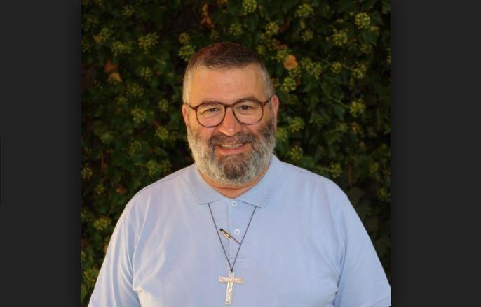 Papa acepta dimisión de cura chileno acusado de abuso sexual a menor