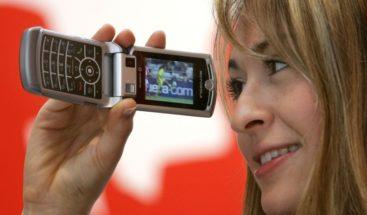 Motorola relanzaría una nueva versión del plegable RAZR