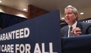 Nueva York anuncia un plan para garantizar la atención médica universal