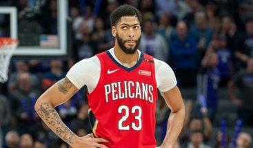 Pelicans y entrenador Gentry confirman petición de traspaso de Davis