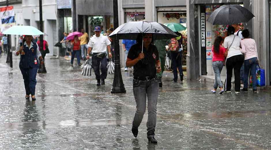 Vaguada seguirá provocando lluvias dispersas en algunas partes del país