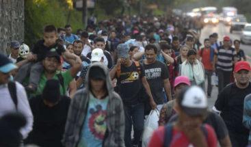 EEUU regresa a México a las primeras familias de la caravana de migrantes