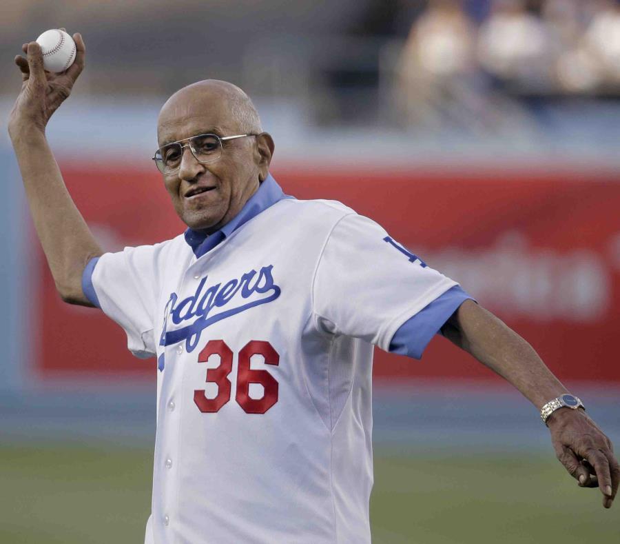 Muere a los 92 años Don Newcombe, legendario exlanzador de los Dodgers