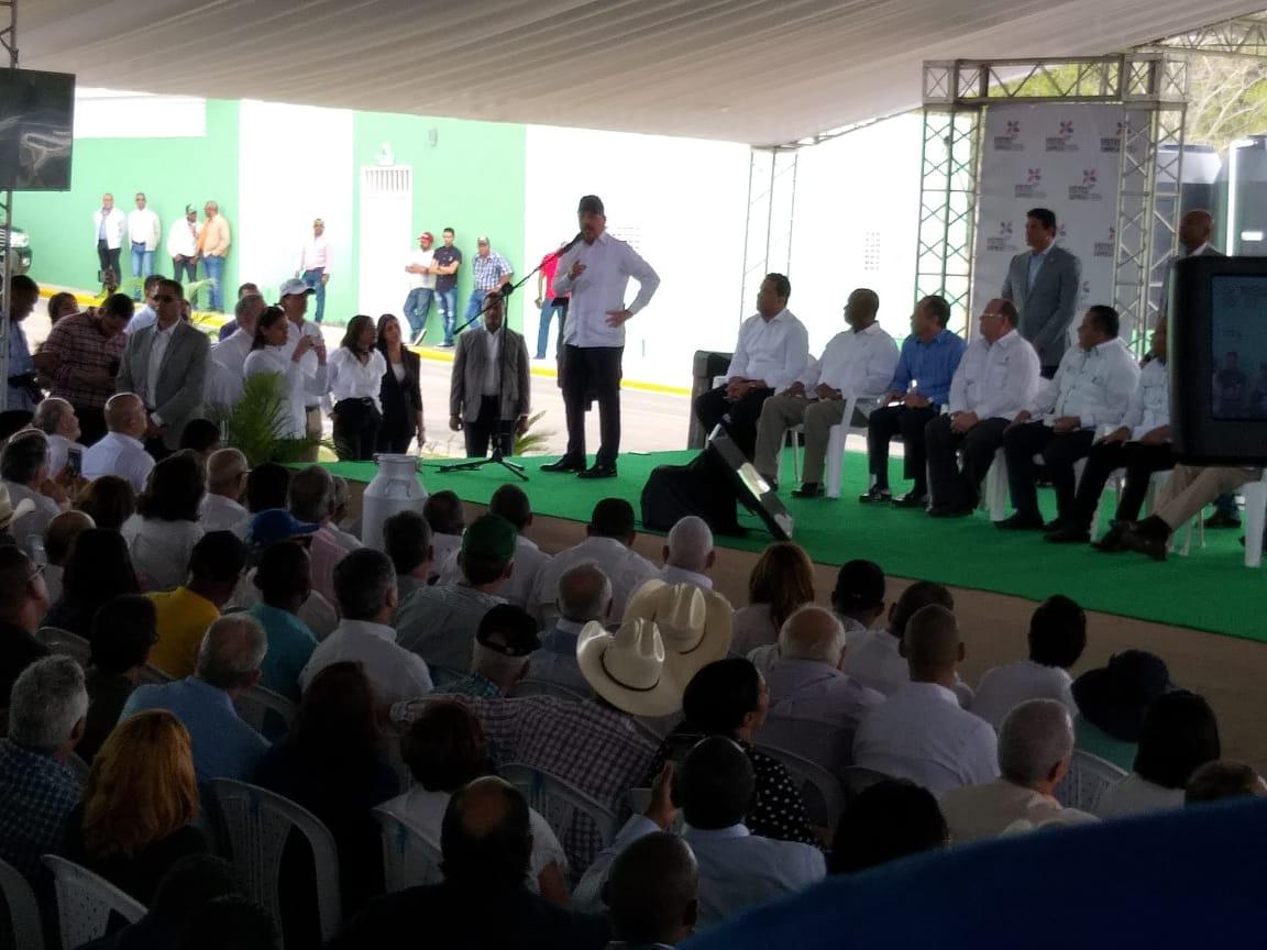 Presidente dice reducción de pobreza en zonas rurales ha sido por visitas sorpresa