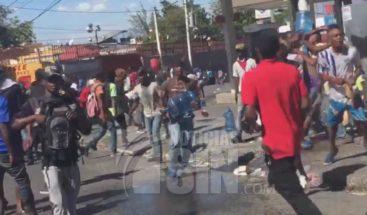 Estados Unidos ordena salida de diplomáticos en Haití por inseguridad tras protestas