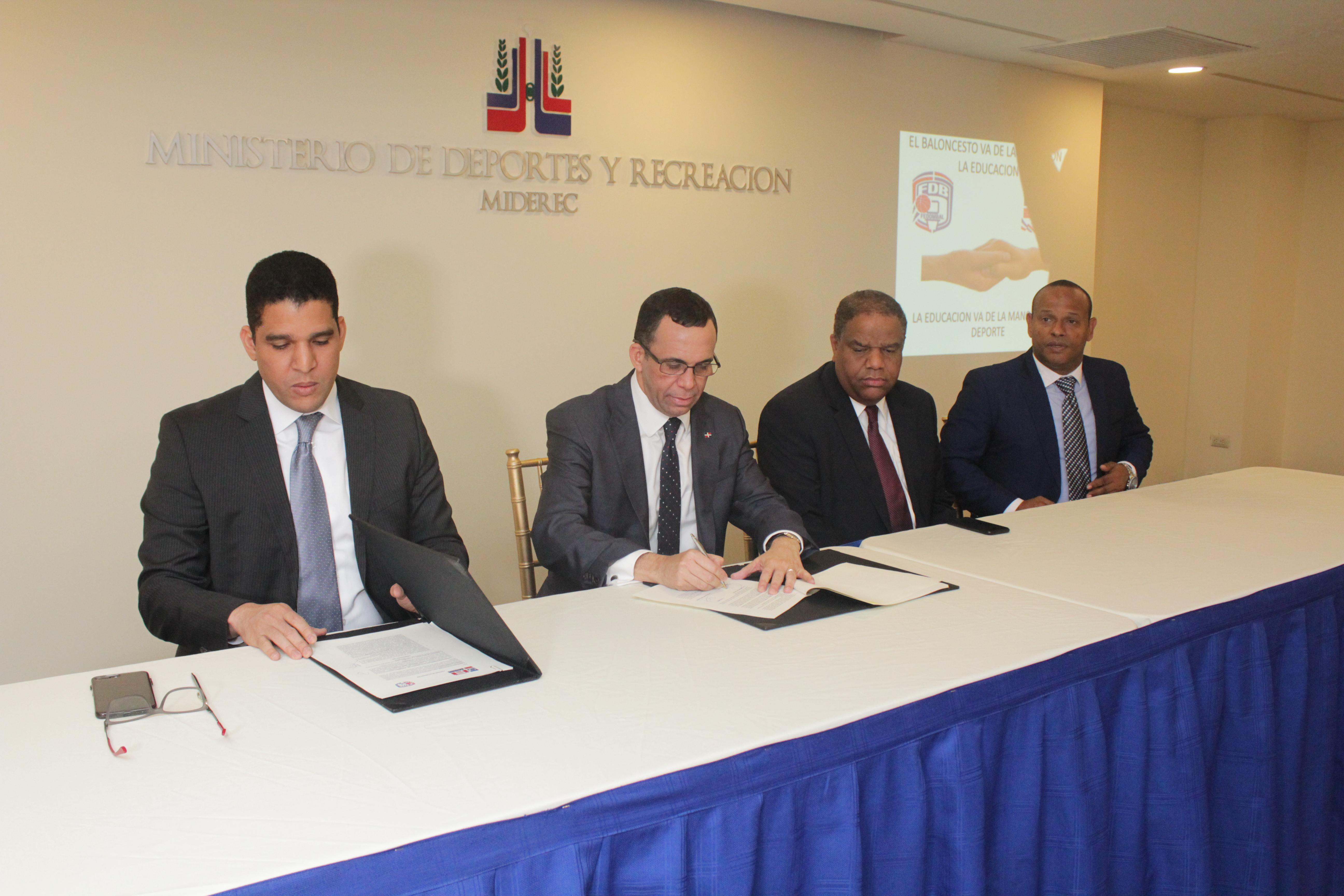 Fedombal y Ministerio de Educación firman convenio de cooperación