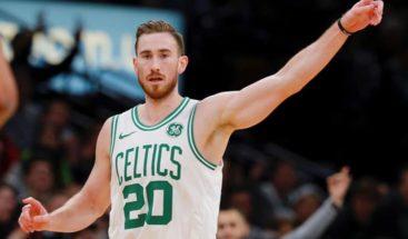Hayward y los Celtics siguen dominando a los Sixers
