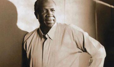 Frank Robinson, MVP y primer manejador negro, fallece a los 83 años