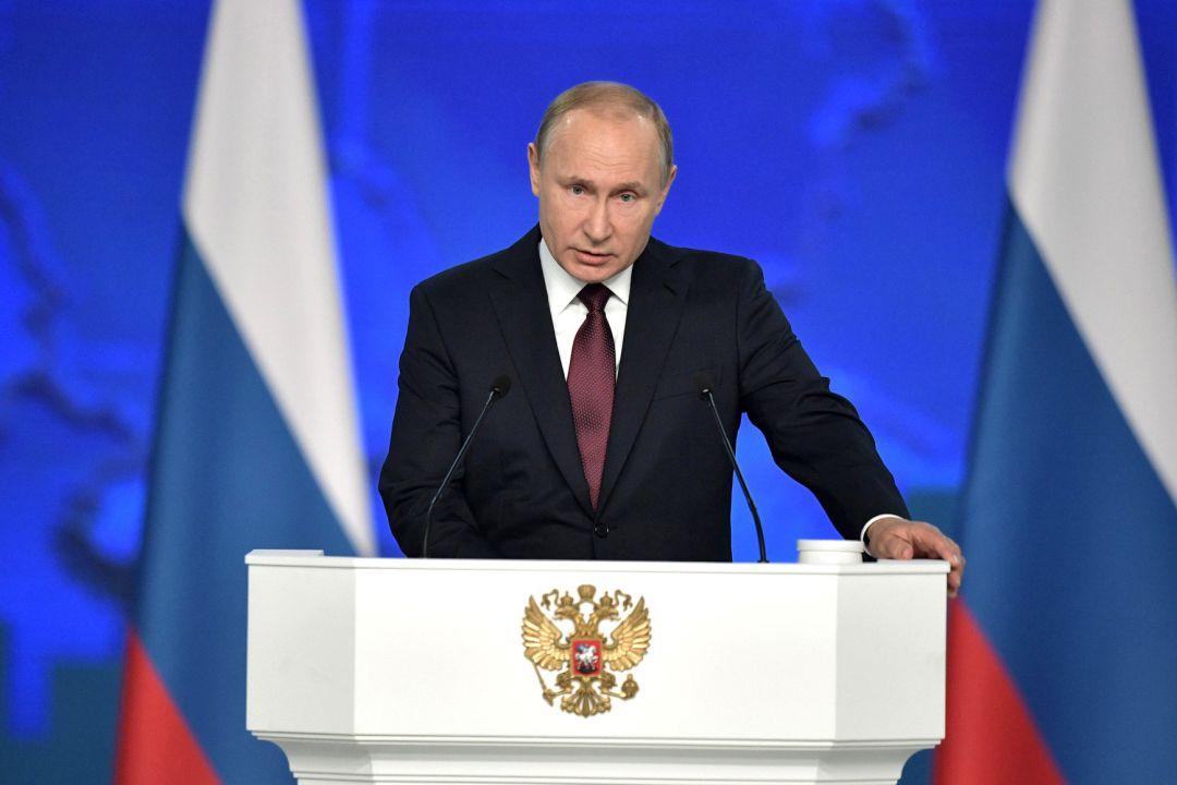 Putin advierte de que Rusia podría emplazar sus misiles en aguas neutrales