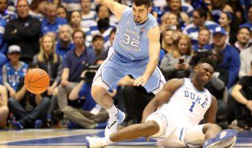 """El llamado a ser el """"nuevo Lebron James"""" se lesiona al reventarse su zapatilla Nike"""