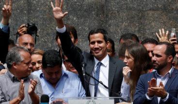 Guaidó reitera que solo dialogará si se concreta salida de Maduro