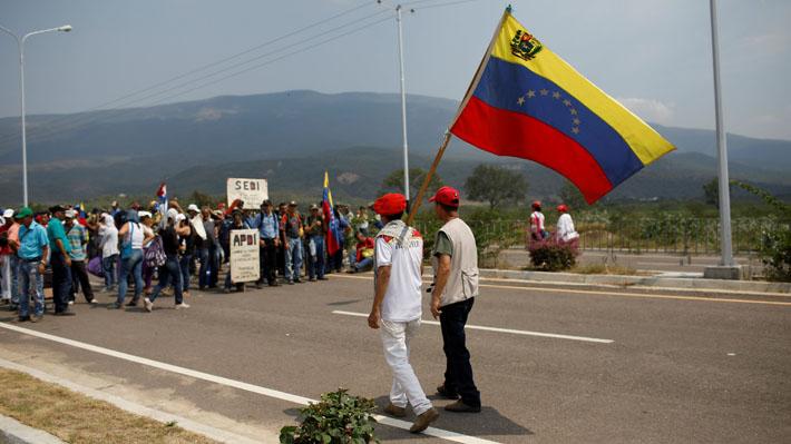 México pide a Venezuela no caer en