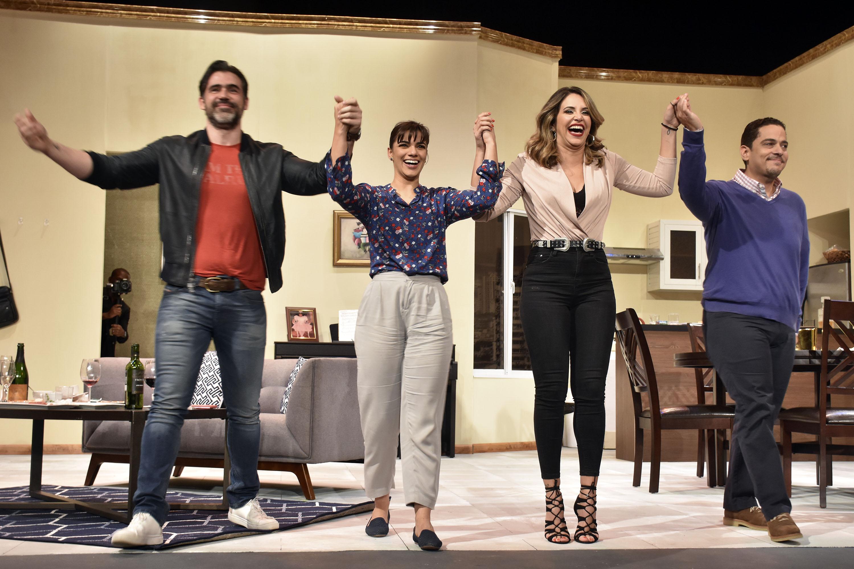 """Anuncian función extra de obra teatral """"Los Vecinos de Arriba"""""""