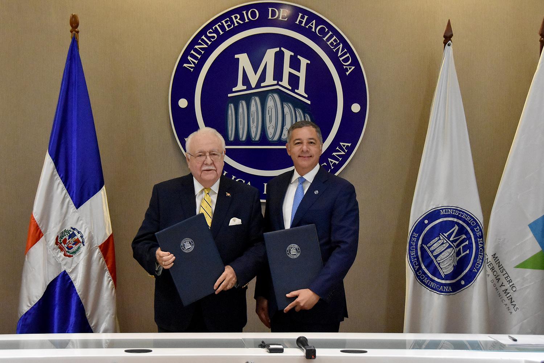Ministerios de Hacienda y Energía y Minas firman acuerdo para fiscalizar economía sector minero