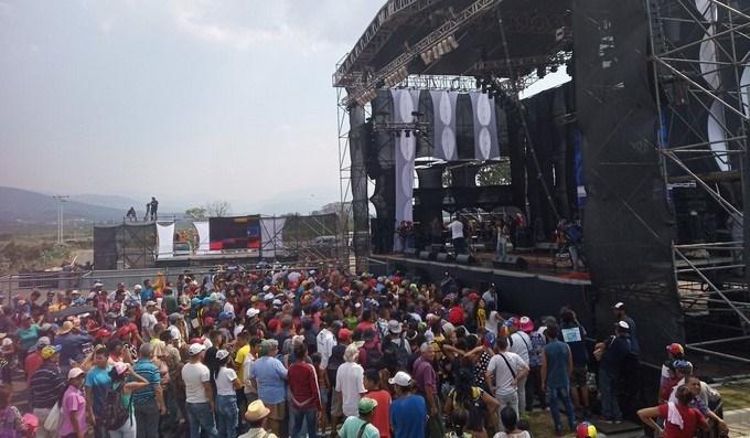 Comienza el concierto chavista