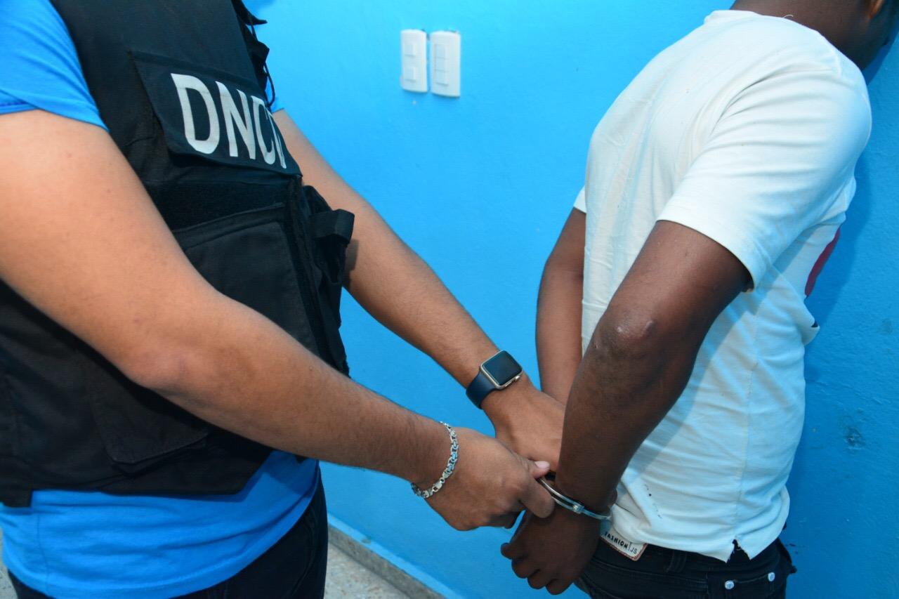 Capturan en San José de Ocoa dominicano buscando por tráfico de drogas en EEUU