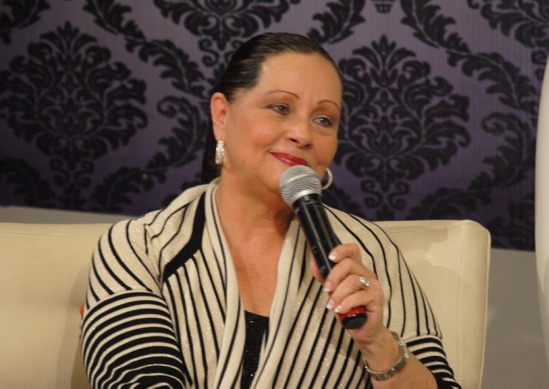 El ministro de Cultura expresa su pesar por la muerte de la cantante Luchy Vicioso