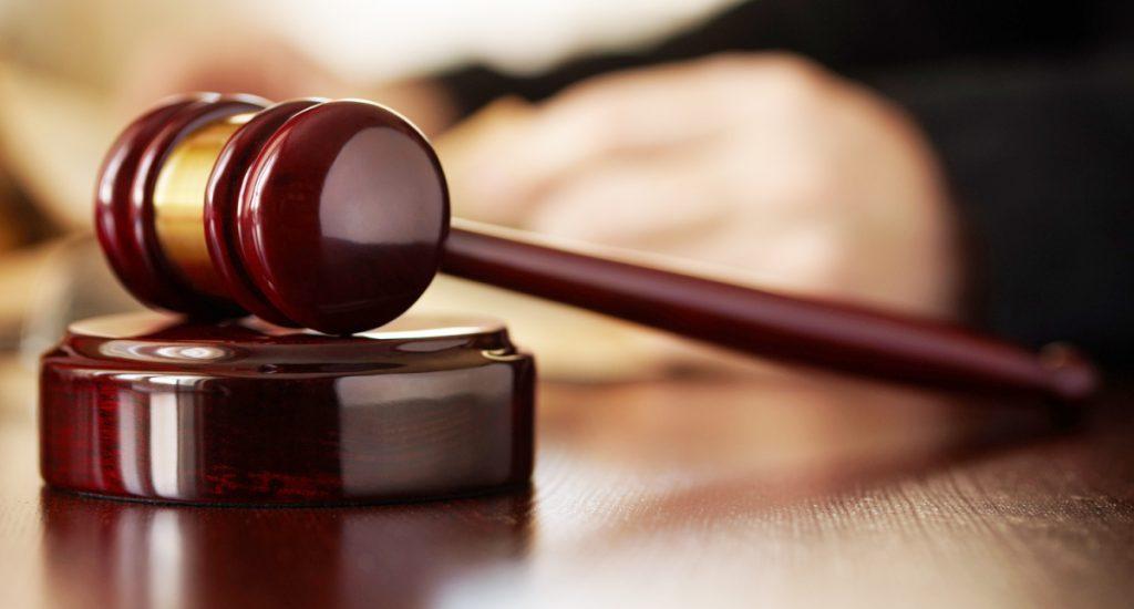 Condenan de 30 y cinco años de prisión a tres hombres por delitos de homicidios y robos