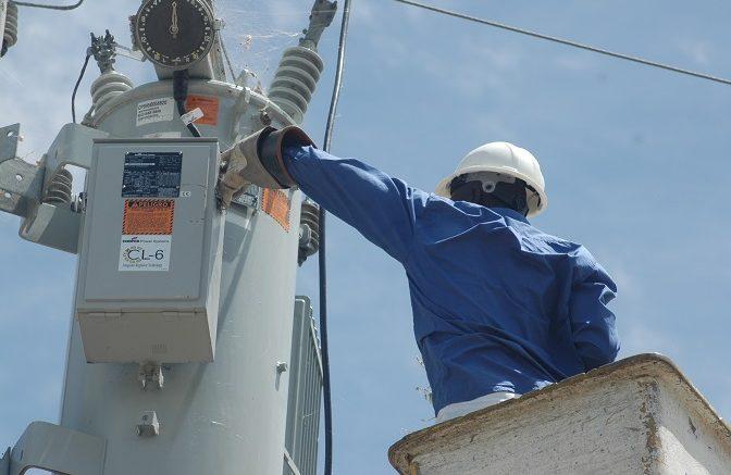 EDESUR informa seis plantas están fuera de servicio y afectan circuitos