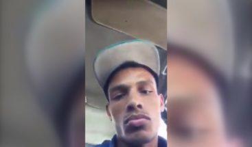 Atracadores quedan captados en cámara al robar a joven que hacía un