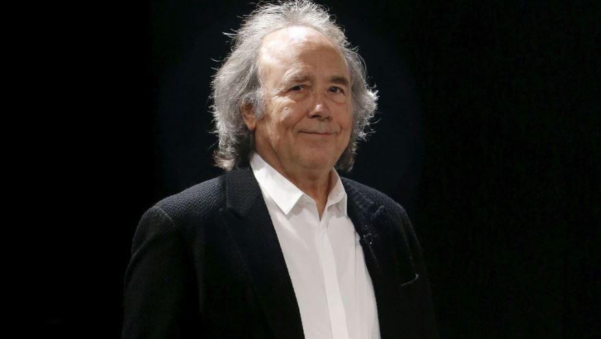 Joan Manuel Serrat busca confirmar en México su veta de soñador