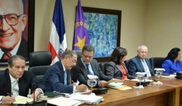 Expresidente Fernández anuncia fecha para reunión del Comité Político PLD