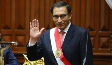 Presidente de Perú defiende cierre del Congreso y descarta buscar reelección