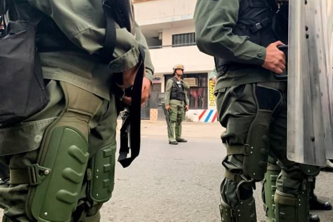Otros cuatro miembros de Guardia venezolana desertan en frontera con Brasil