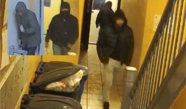 Buscan cuatros hombres por robo apartamento familia dominicana en el Bronx