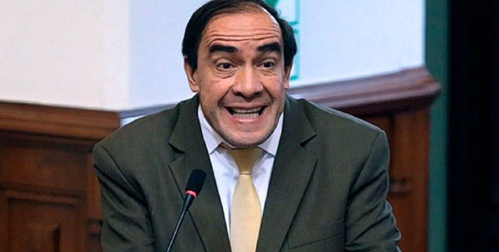 Recomiendan suspender 120 días a congresista peruano por acoso a periodista